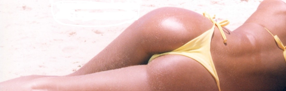 Copacabana-beach-Rio-Brazil-bikini-sexy