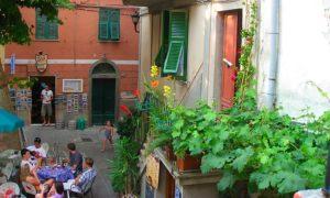 Corniglia-seaside-village-Cinque-Terre-Italy