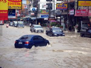 Tropical-storm-floods-Pattaya