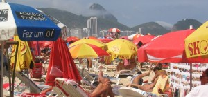 Copacabana-beach-babes