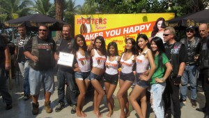 Hooters-charity-bike-wash-Pattaya-Thailand