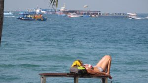 favourite-pattaya-restaurants-bikini-babes-sexy-thailand-beach-road-ocean