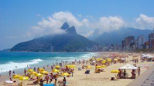 FiveStarVagabond-Brazil-Travel-Guide-Pipa-Florianopolis-sexy-babes-beach-bikini-topless,naked-Recife-Belem-Paraty-Copacabana-Ipanema